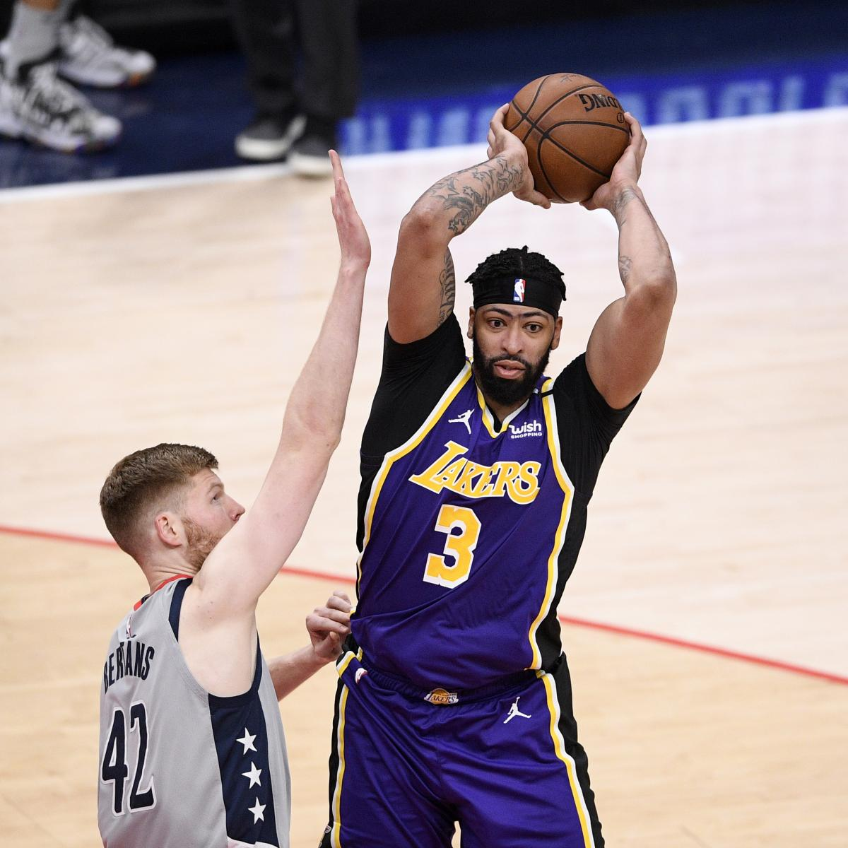 Anthony Davis Says Lakers 'Have to Start Playing with a Sense of Desperation' thumbnail