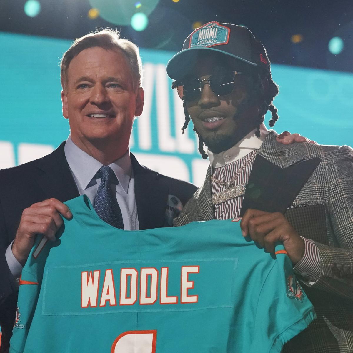 Mel Kiper 2021 NFL Draft Grades: Chargers, Dolphins Top ESPN Guru's Rankings thumbnail