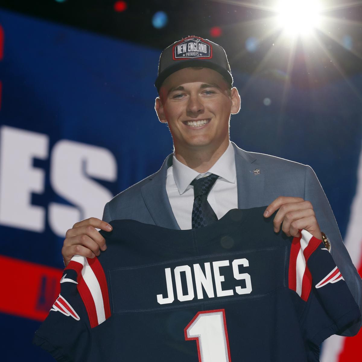 <p>Mac Jones Should Be Patriots' Week 1 Starting Quarterback at 2021 thumbnail