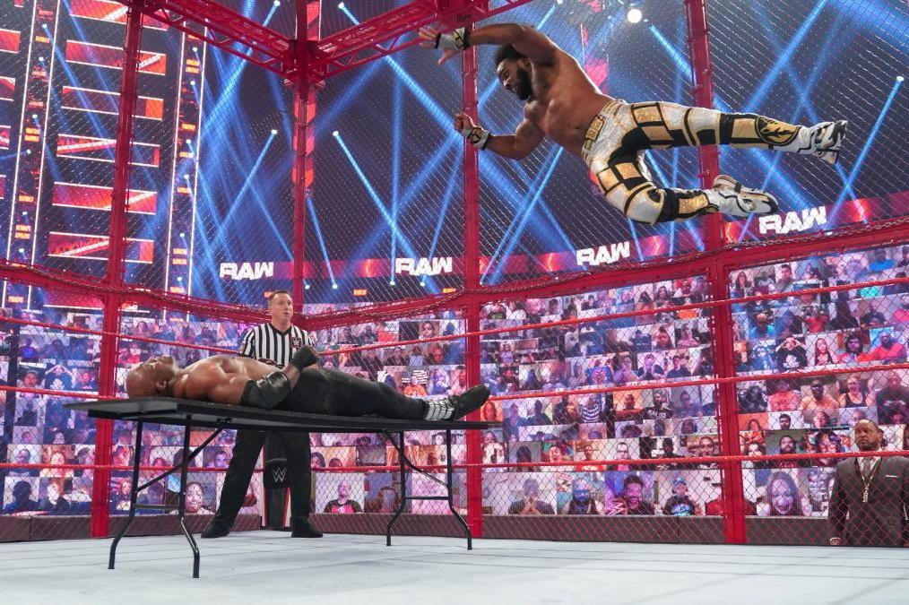 Xavier Woods Challenges Bobby Lashley, MITB Qualifiers, More WWE Raw Fallout
