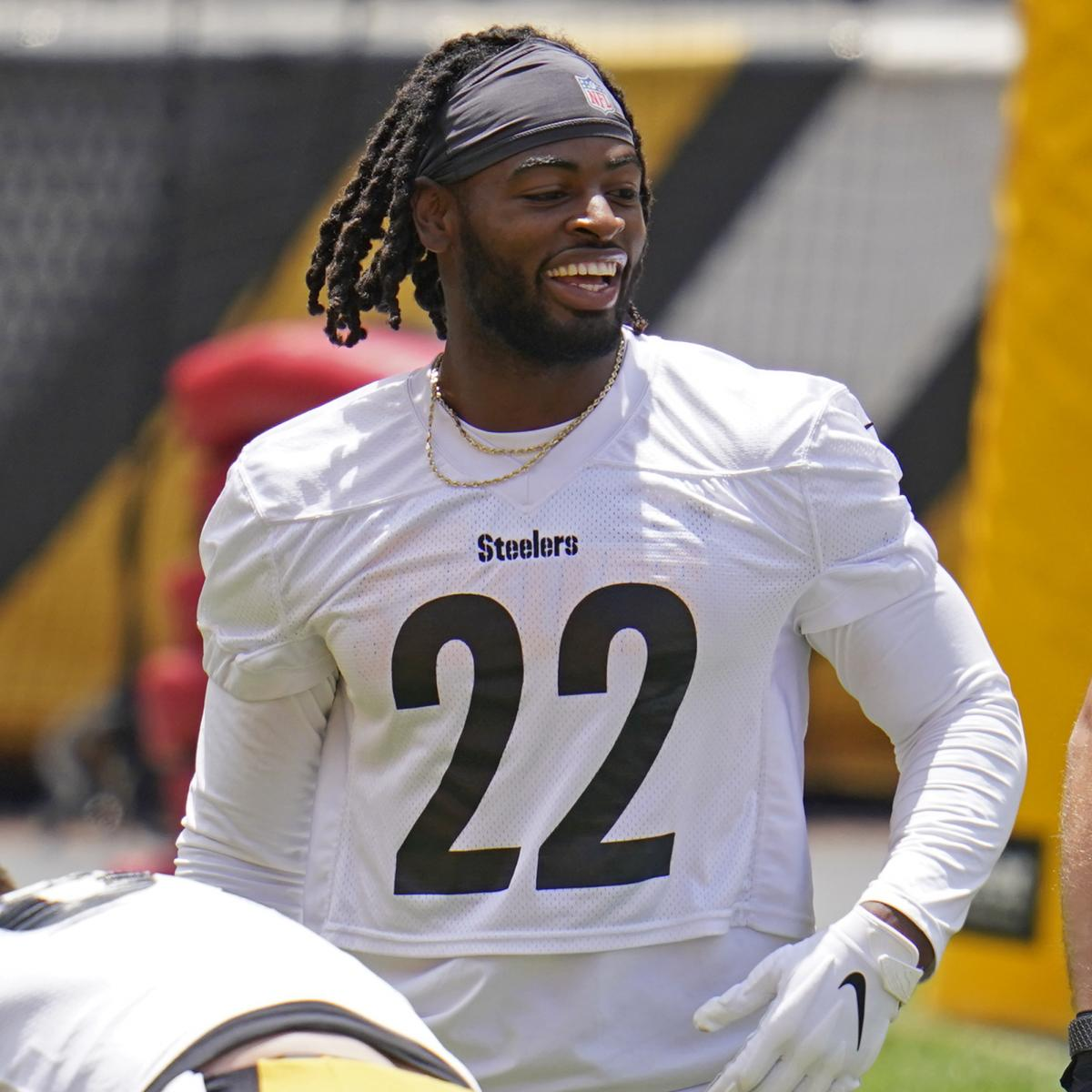 Fantasy Football 2021: Early Mock Draft and Rankings Before Training Camps