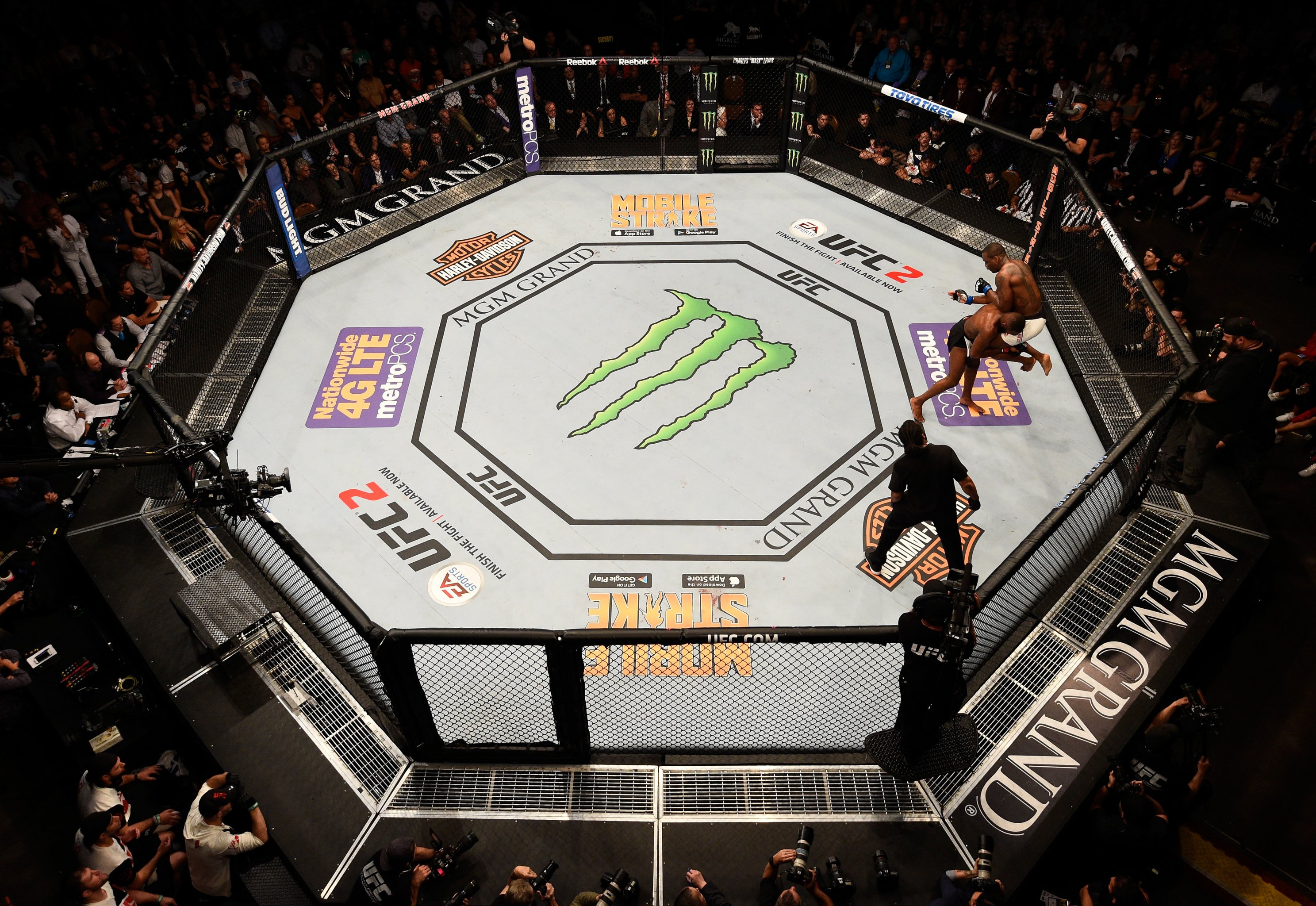UFC 200 Primer: Ranking the 200 Biggest Moments in UFC