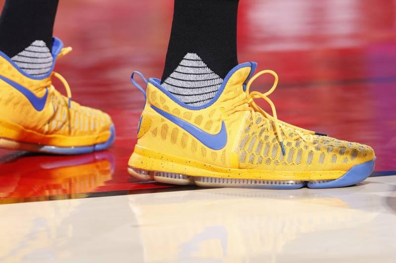 7ae552840c97 B R Kicks of the Week  Best on Court for NBA Week 2