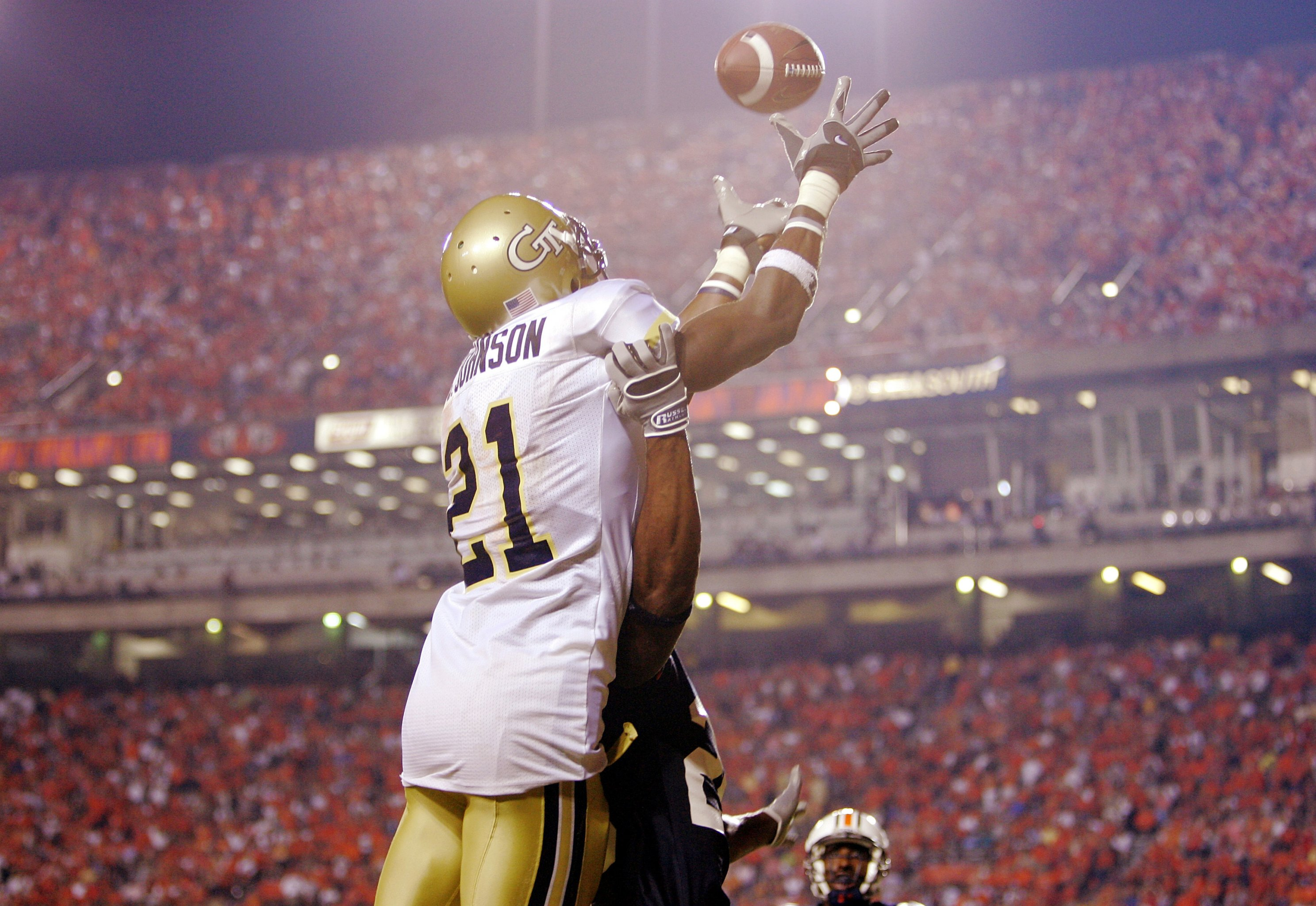 Ranking the Top 16 College Football Wide Receivers of All