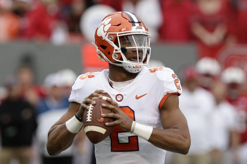 College Football Picks: Week 11 Predictions for Every Game