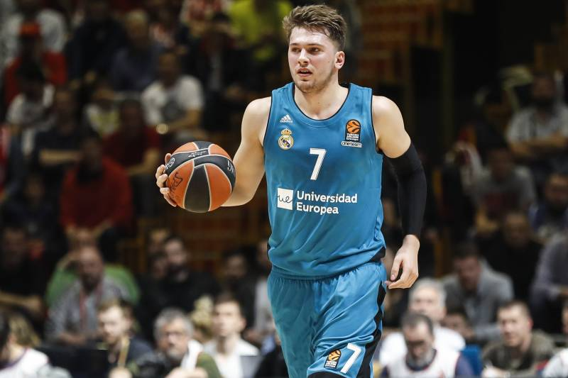 b43f9ffdd0d1 NBA Mock Draft 2018  Luka Doncic Leads the Pack After Lottery Results