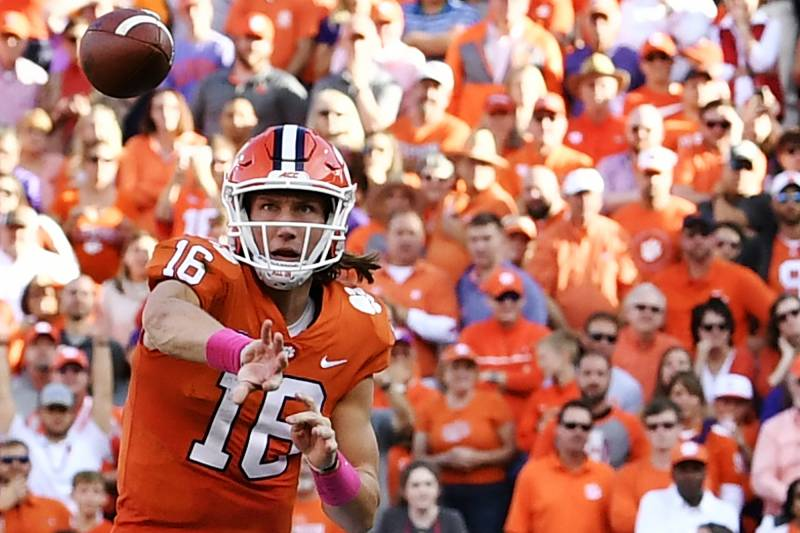 aa9e4d19918 Winners and Losers of Week 8 in College Football