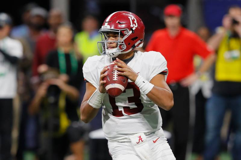 Best Quarterback 2019 11 Best QBs Who Will Be Returning to College Football in 2019