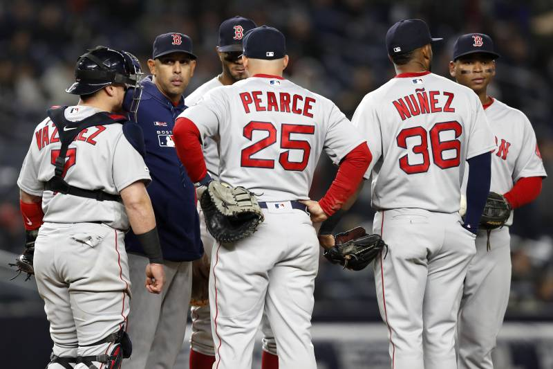 bad260913e9 Early Signs of Doom for MLB s Expected 2019 Contenders