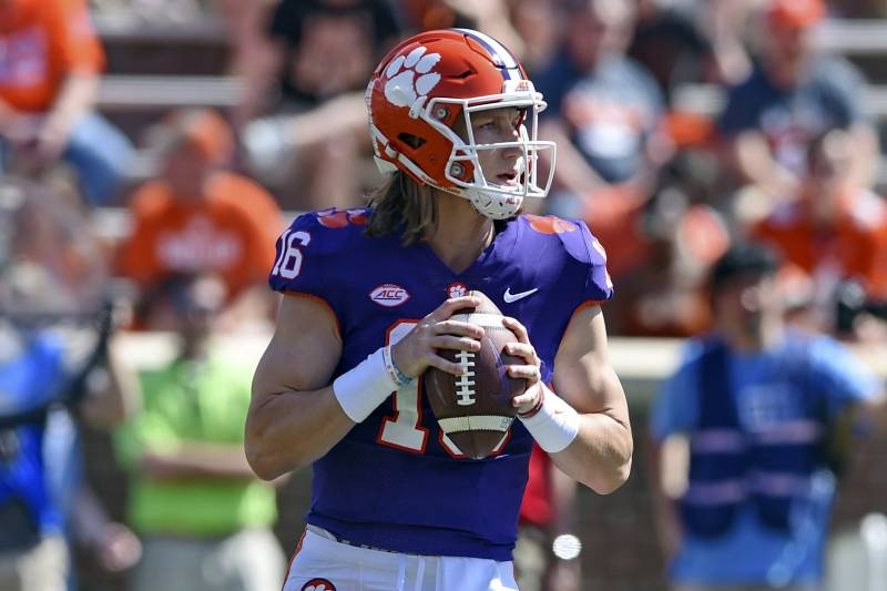 Odds for Top College Football Teams to Pull off Undefeated