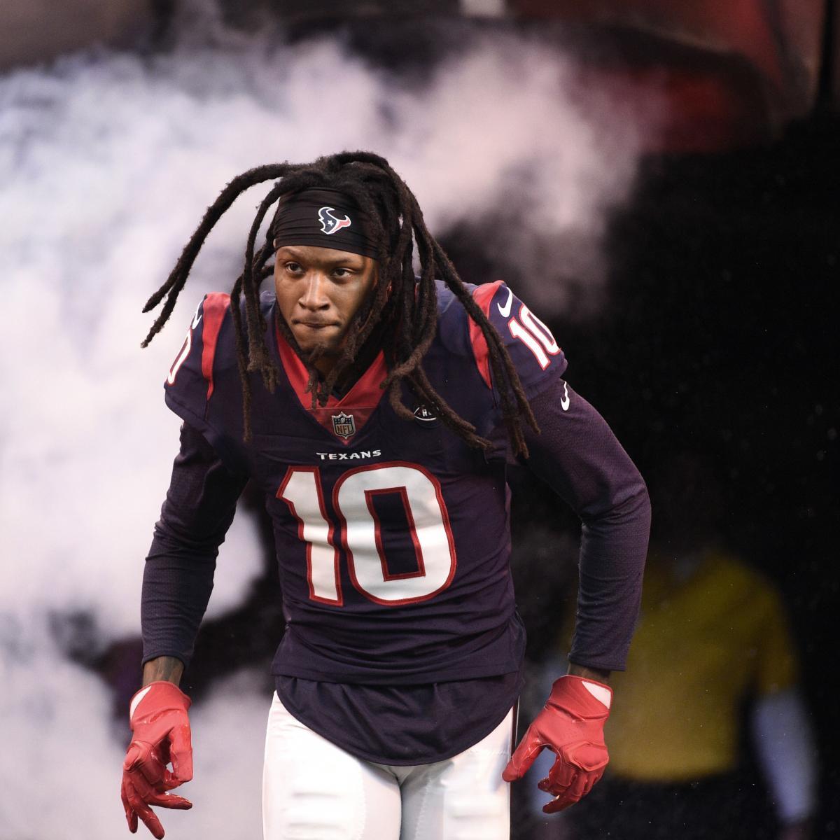 2019 Fantasy Football Big Board: Injuries, Holdouts Shaking Up Rankings