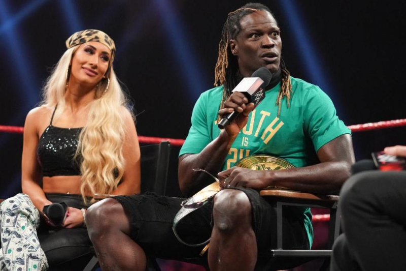 R-Truth and the 7 Funniest WWE Superstars in the Last 20 Years