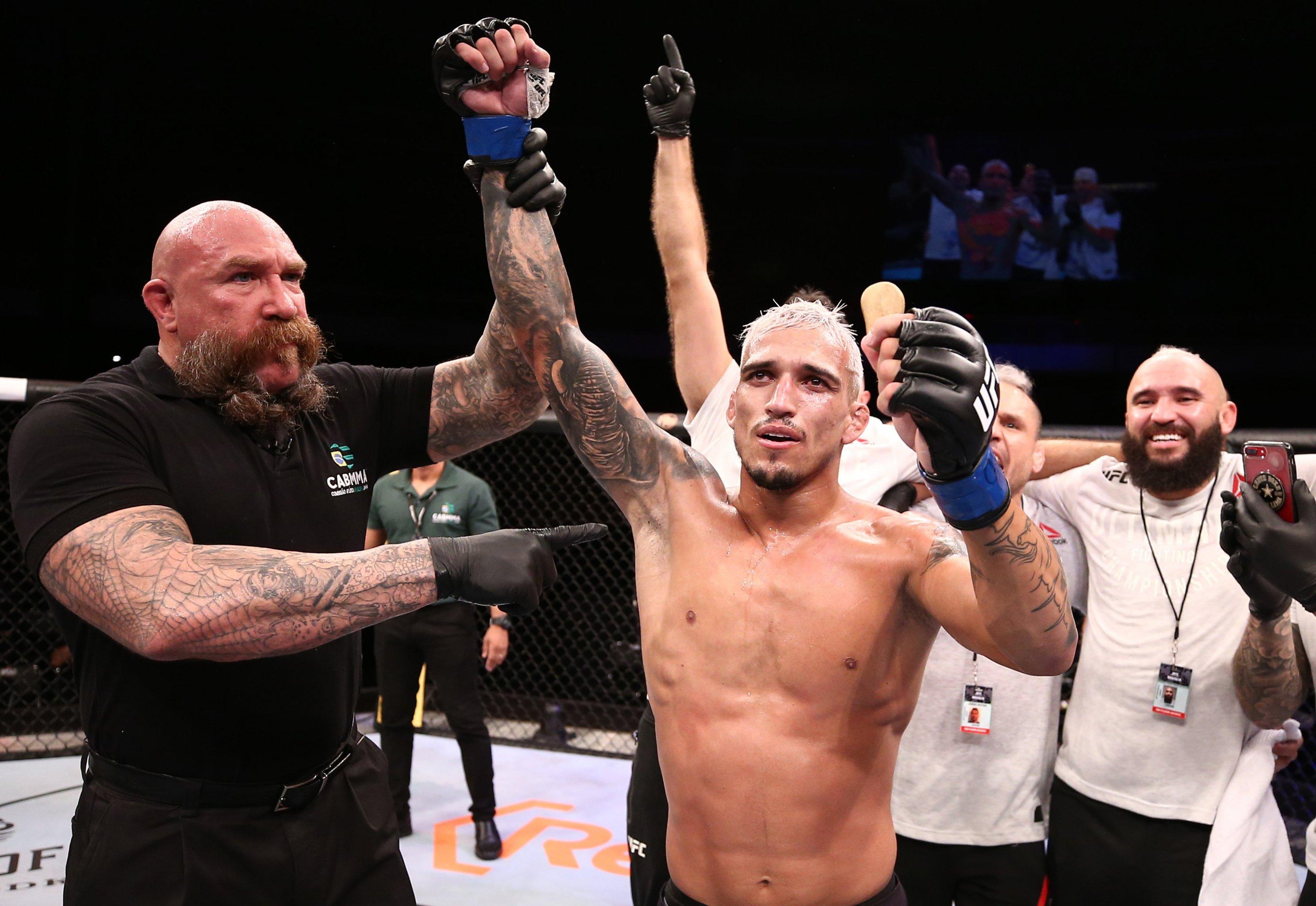 Charles Oliveira Can Beat Tony Ferguson